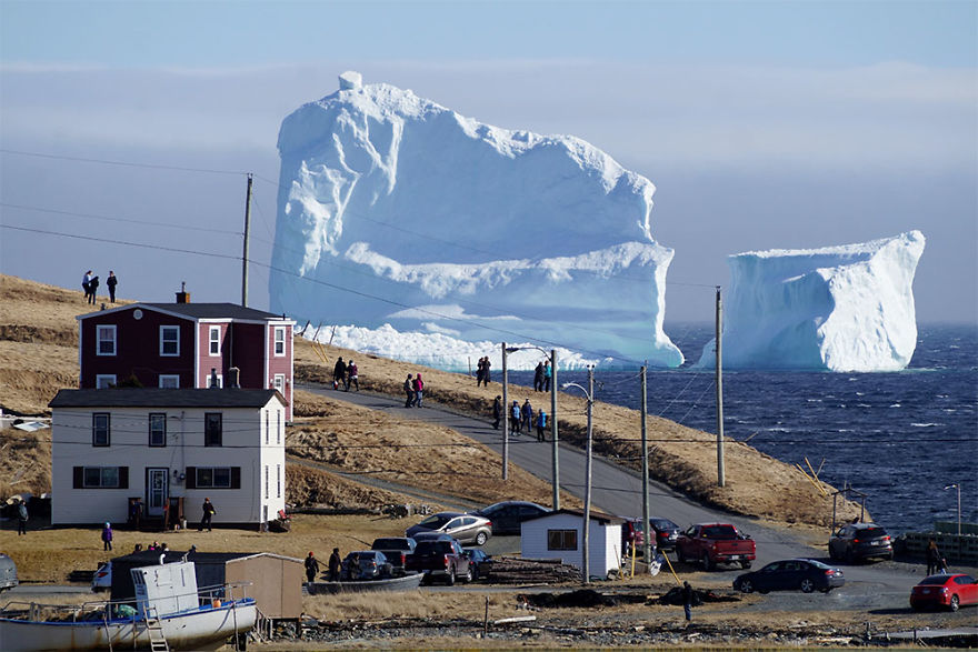 huge-iceberg-alley-canadian-coast-58f85ee789d0a__880